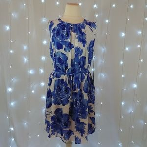 Simply Vera Blue Floral Sleeveless Dress